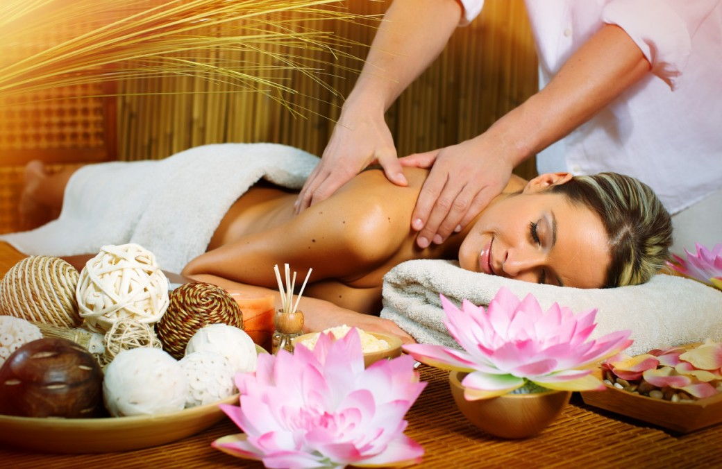cropped-massage-girl.jpg